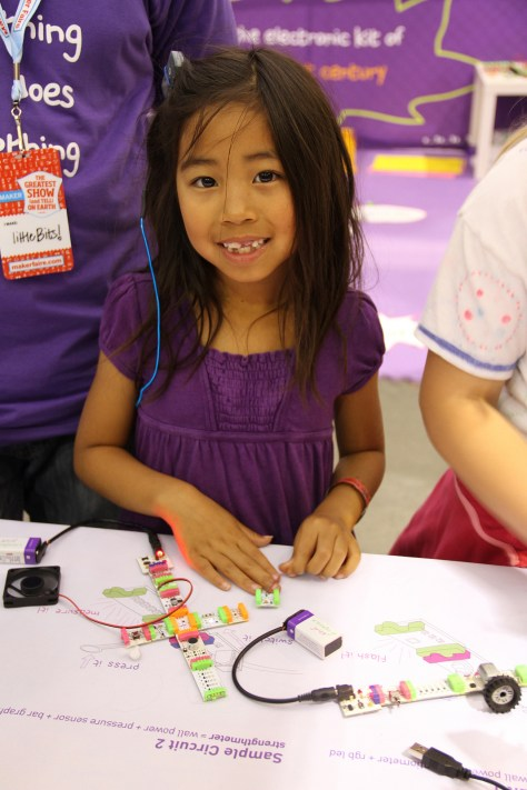 image from: http://commons.wikimedia.org/wiki/File:LittleBits2.jpg