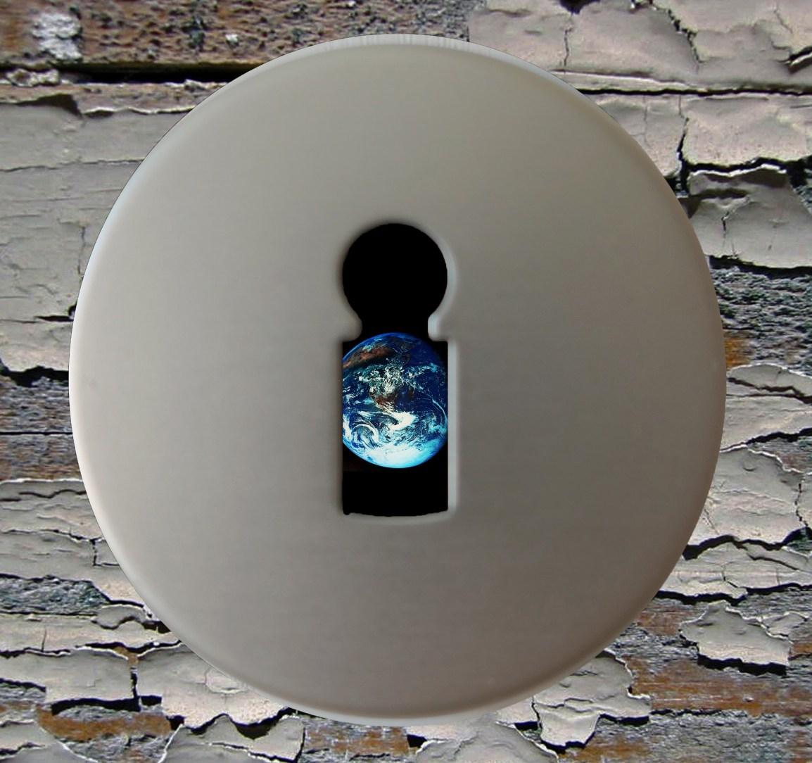 key-hole-2364409_1920.jpg