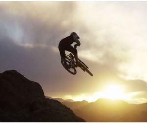 Shredding the Himalaya riding on thin air