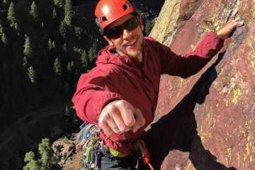 Black Diamond Alpine Start Hoody - The Best Climbing Windbreaker 2