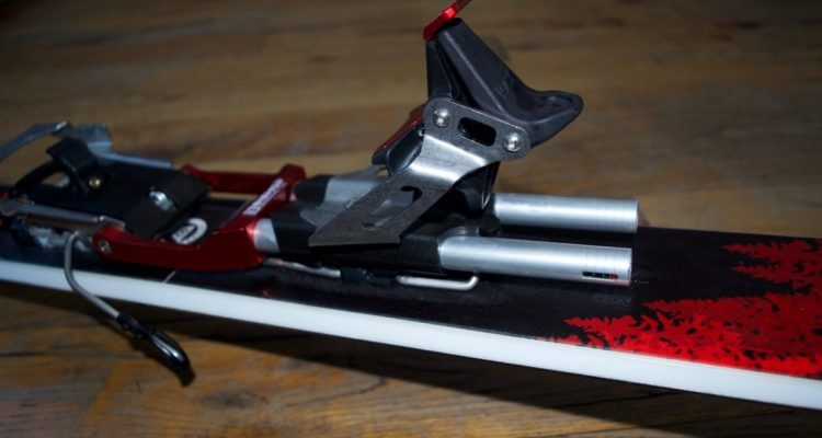 Bishop BMF/R Telemark Touring Binding review Engearment Heel lock and springs