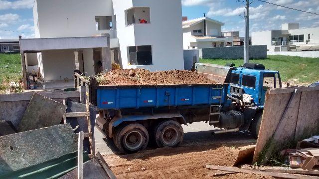 máquinas utilizadas na construção civil Caminhão Caçamba blog da engenharia