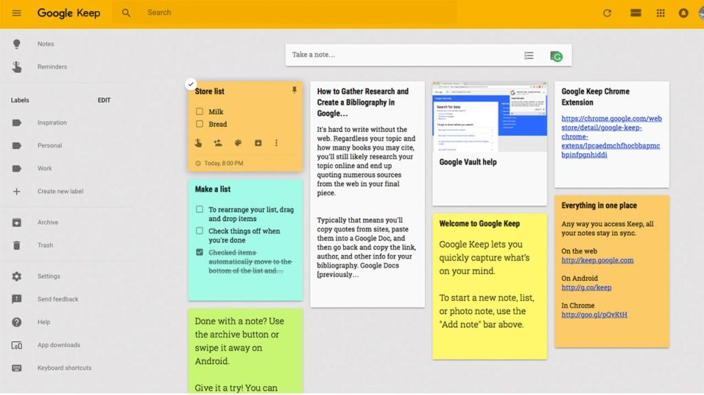 Notas anexadas na área de trabalho do Google Keep.