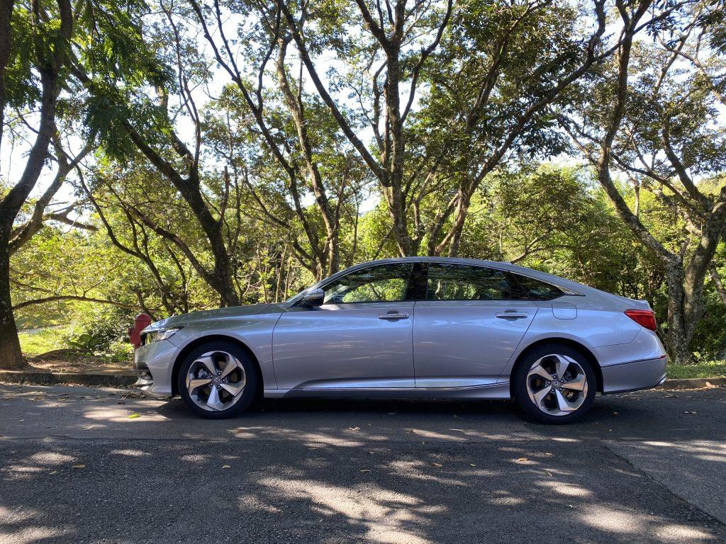 Testamos o Honda Accord Touring: confira nossas impressões | Review 360