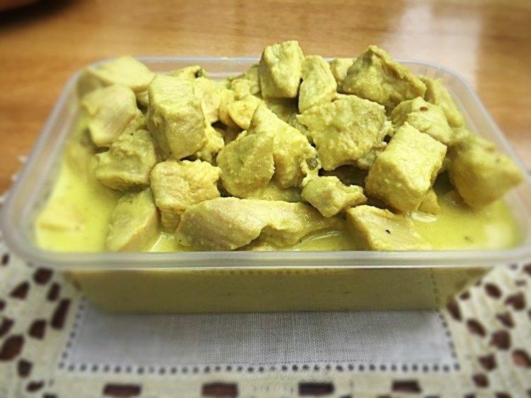 Boneless chicken breast in yellow curry sauce