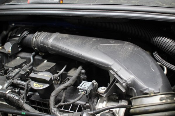 2013+ Ford Focus ST intake tube