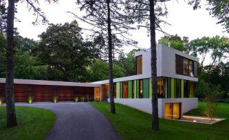 510 House by Johnsen Schmaling Architects in Milwaukee. Photo © John J. Macaulay.