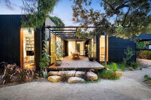 Merricks Beach House – A Contemporary Take on the Great Australian Beach Shack