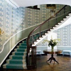 Stylish Stair Carpet Ideas to Enhance the Visual Look of Your Home _ staircase runner ideas 2019 _st