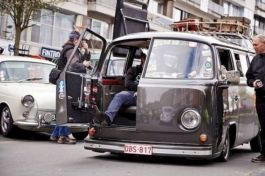 Best Vw Extended Camper To Inspire You _ Vans vary from pimped_out_six_figure_adventure rigs_ to ent. Also if you intend t... (3)