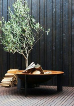 Delightful propane outdoor modern fire pit table inspirations will have you planning your home redo. _firepitdesign _pergolafirepitideas _backyards _DiyHomeDecor