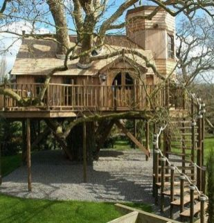 I don_t know how I feel about this as a tree house. Yes it has a tree in it_ but maybe I_m a purist about supports