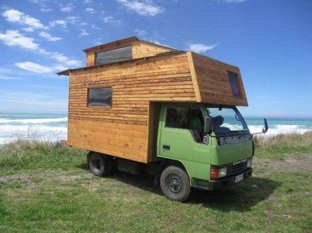 Mitsubishi Canter Housetruck