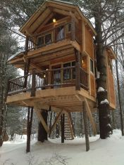 Moose Meadow Lodge – an Adirondack style luxury log home on 86 acres in Duxbury_ Vermont.... i want it i want it i