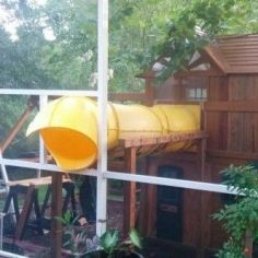 The Connected Tree House for Kids _treehouseideas _backyardideas _kidsplayroom _moderntreehouse
