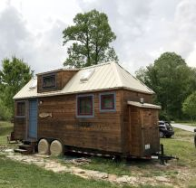 Tiny House Tour _ Tiny House Neighborhood _ Project Small House