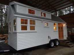 Tiny House Town a home blog sharing beautiful tiny homes and houses_ usually under 500 square feet. (1)