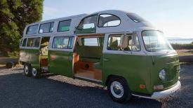 VW VanPalace_ complete with bug sunroof (1)