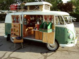 vintage volkswagon I soooo want one of these to fix up and when the kids are all out on their own..hubby and I will be in this having a blast_ lol