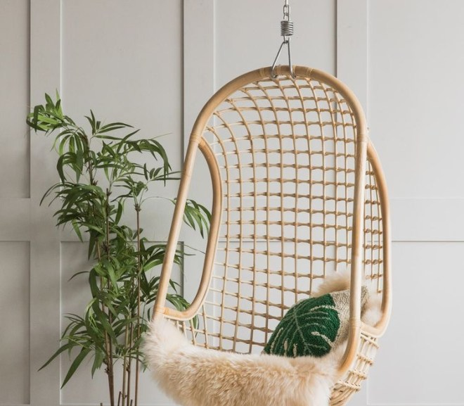 Amazing Hanging Furnitures For Indoors & Outdoors