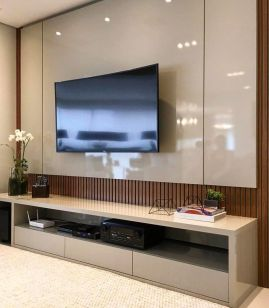 TV_Wall - 2020-01-12T132758.078