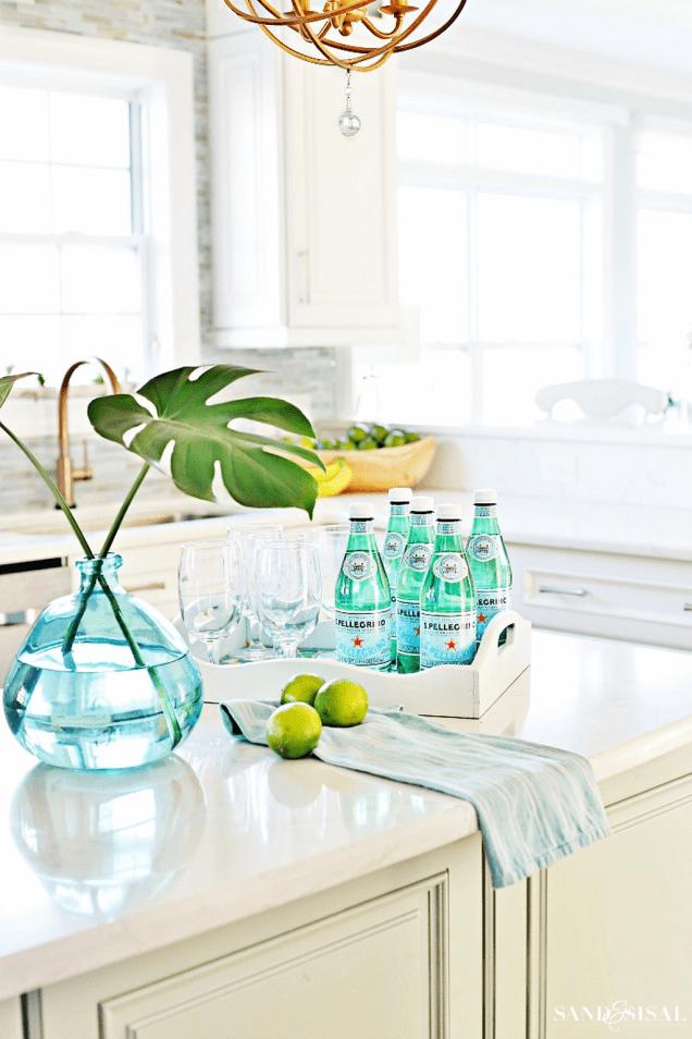 Admirable-Spring-Kitchen-Decor-Ideas-You-Should-Copy-25