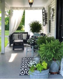 Awesome-Front-Porch-Decor-Ideas-For-Summertime-17
