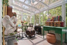 Beautiful-Bohemian-Sunroom-Decorating-Ideas-11