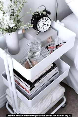 Creative-Small-Bedroom-Organization-Ideas-You-Should-Try-21