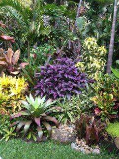 Fabulous-Tropical-Garden-Design-Ideas-That-You-Definitely-Like-11