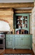 Gorgeous-Farmhouse-Kitchen-Colors-Ideas-Look-Amazing-13