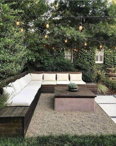 Popular-Spring-Backyard-Decor-Ideas-That-You-Should-Copy-Now-20