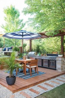 Stunning-Summer-Outdoor-Kitchen-Design-Ideas-23