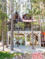 Wonderful-Treehouse-Design-Ideas-To-Beautify-Your-Backyard-10