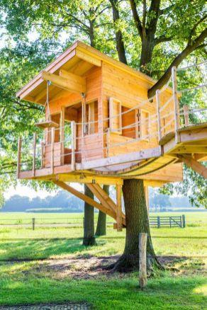 Wonderful-Treehouse-Design-Ideas-To-Beautify-Your-Backyard-30