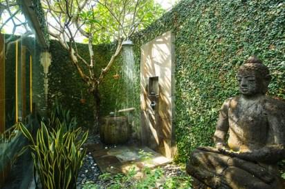 Villa-Belong-Dua-Outdoor-shower