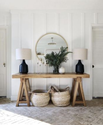 Modern-wood-table-for-entryway