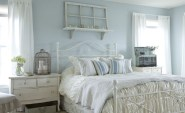 Romantic-Bedroom-Design-Ideas-2012-Calm-and-relaxing-blue-and-white-bedroom-design-1