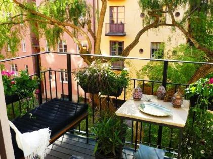 35-Balcony-Designs-and-Beautiful-Ideas-for-Decorating-Outdoor-Seating-Areas