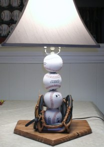 Baseball-table-lamp