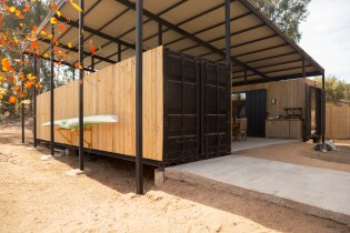 Container-House-by-Plannea-Arquitectura-Constanza-Dominguez-C.-exterior