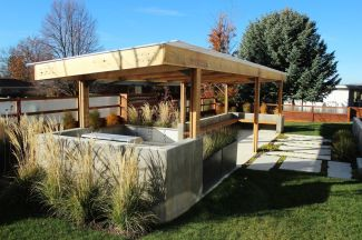 Create-a-space-in-backyard-for-parties