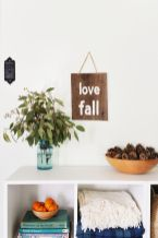 DIY-Rustic-Sign-to-Welcome-Fall