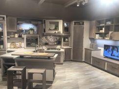 Floor-plan-grey-kitchen-layout