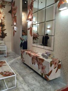 Furniture-designed-with-a-huge-floral-pattern