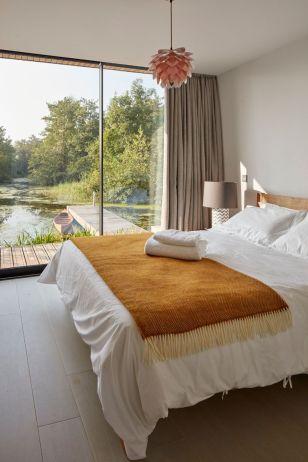 Lagoon-england-bedroom-view