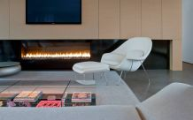 Manuf-montigo-fireplace-and-saarinen-womb-chair