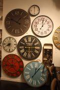 Mercana-Clocks-Wall