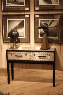 Mercana-trunk-style-console-design