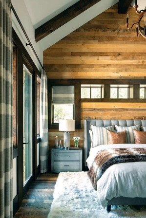 Modern-ranch-home-in-Colorado-bedroom